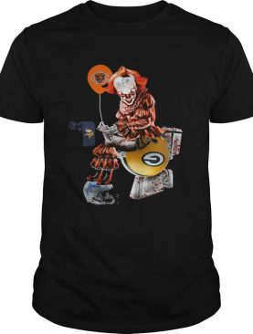 Pennywise Chicago Bears sitting toilet Green Bay Packers shirt