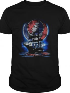 Official Moon boat live Beyond limits quote relaxing shirt