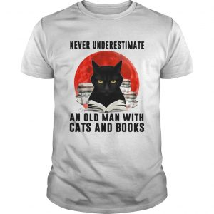 Never Underestimate An Old Man With Cats And Books Moon  Unisex