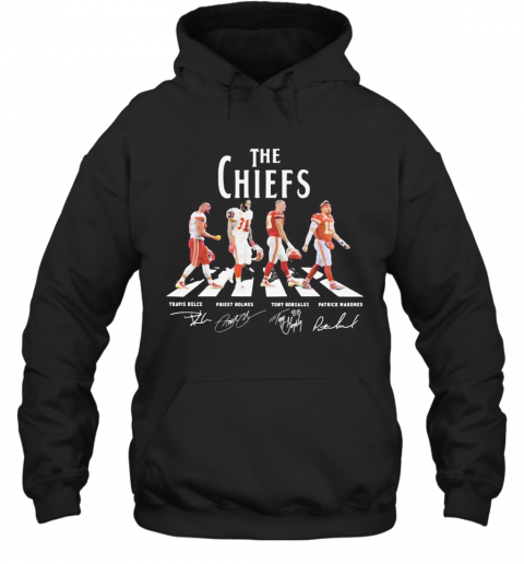 The Chiefs Abbey Road Players Signatures T-Shirt Unisex Hoodie